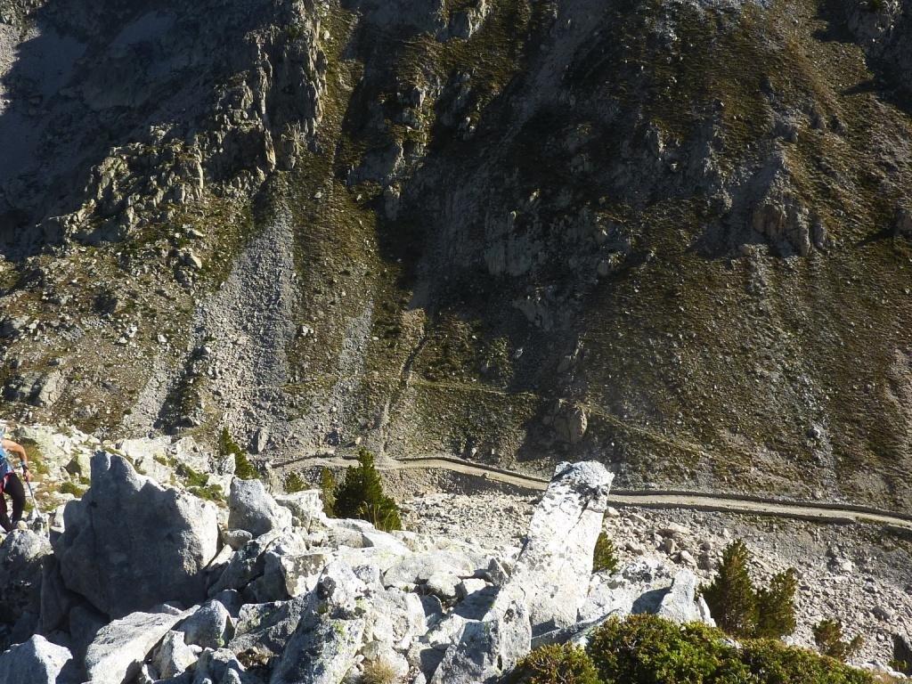 sguardo verso il Colletto del Valasco dalla cresta