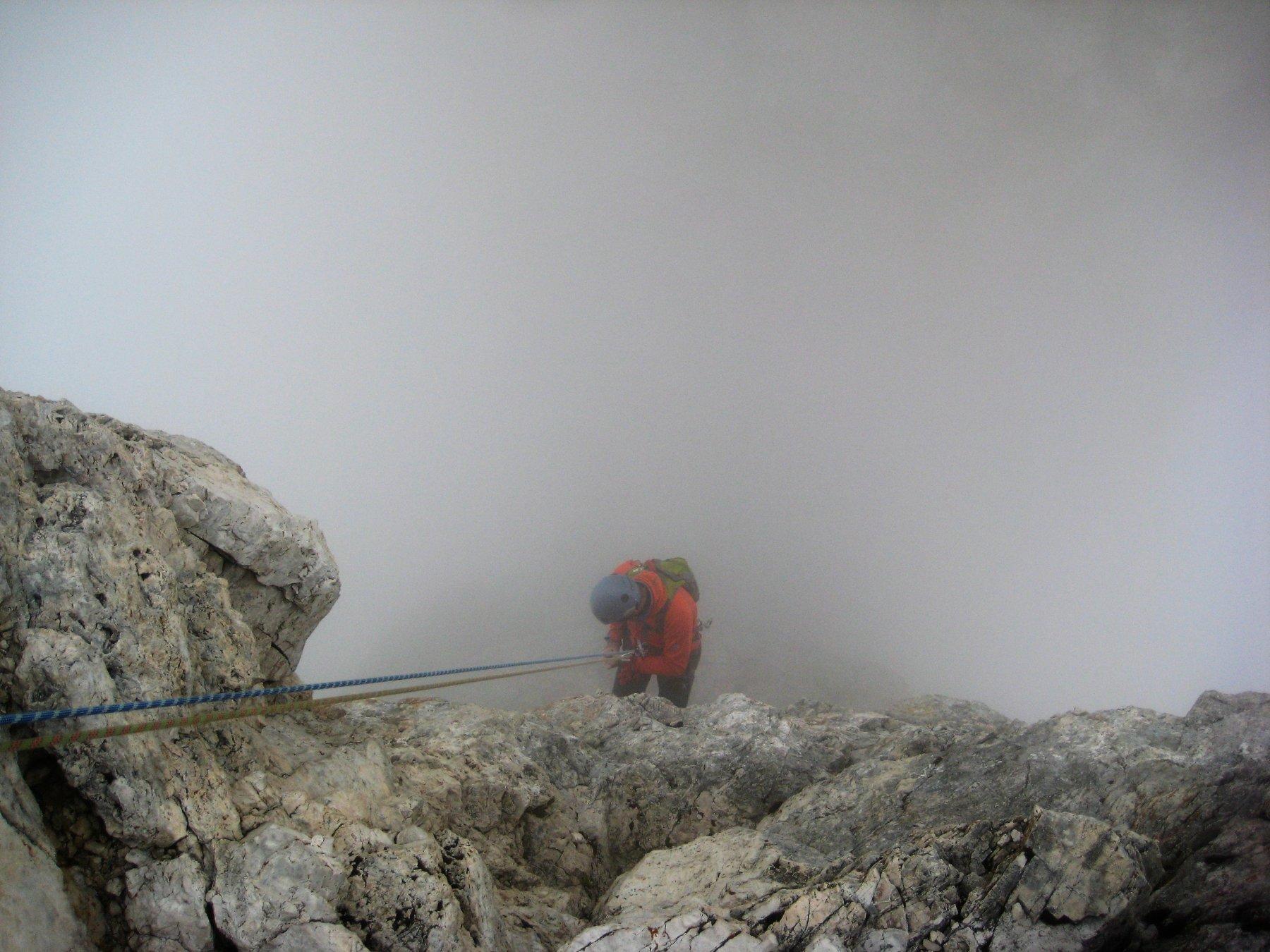 E giù filati nella nebbia...la polenta ci aspetta!