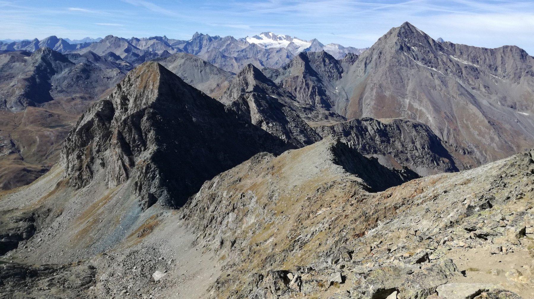 Colle e Mont Delà
