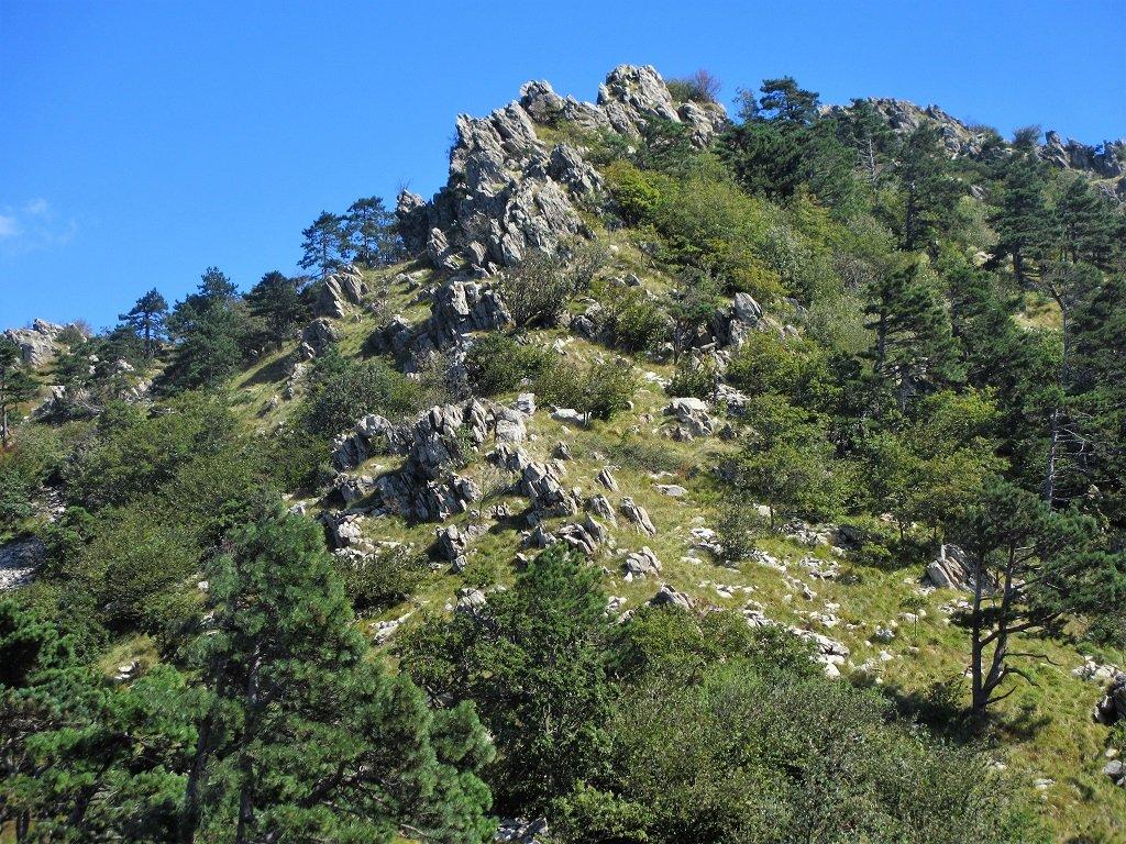 Salendo alla Rocca Negra