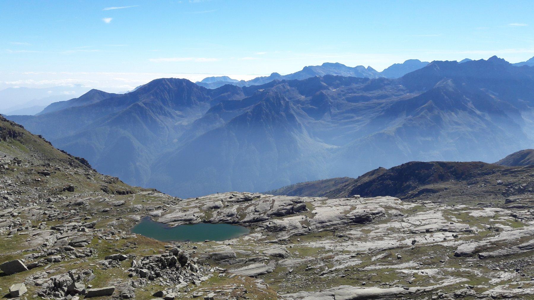 Lago Vercellina e vista sulla val Grande