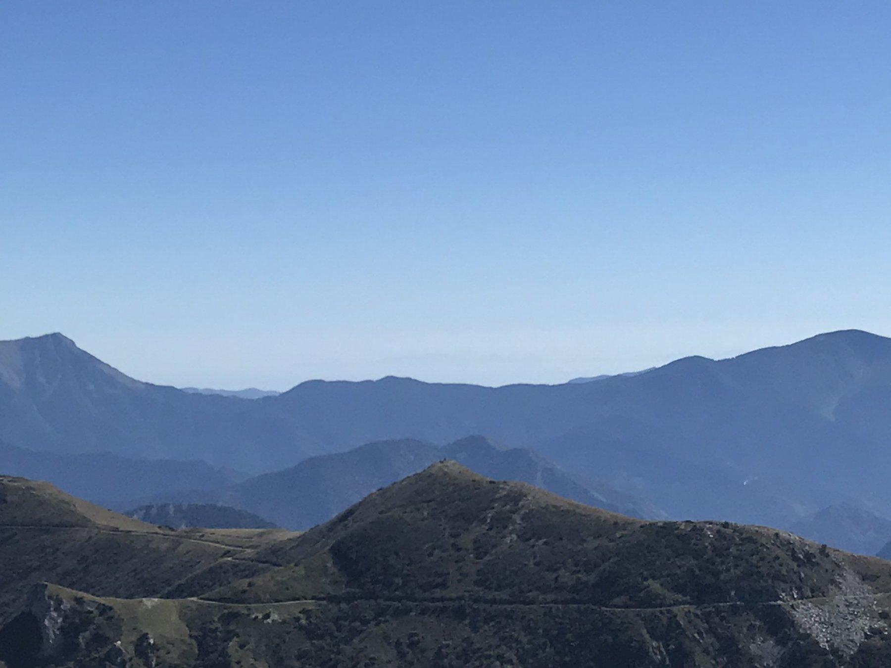 La Corsica in lontananza