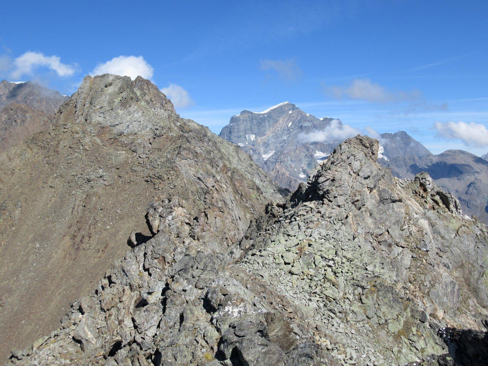 panorama dalla vetta - in primo piano la cima nord