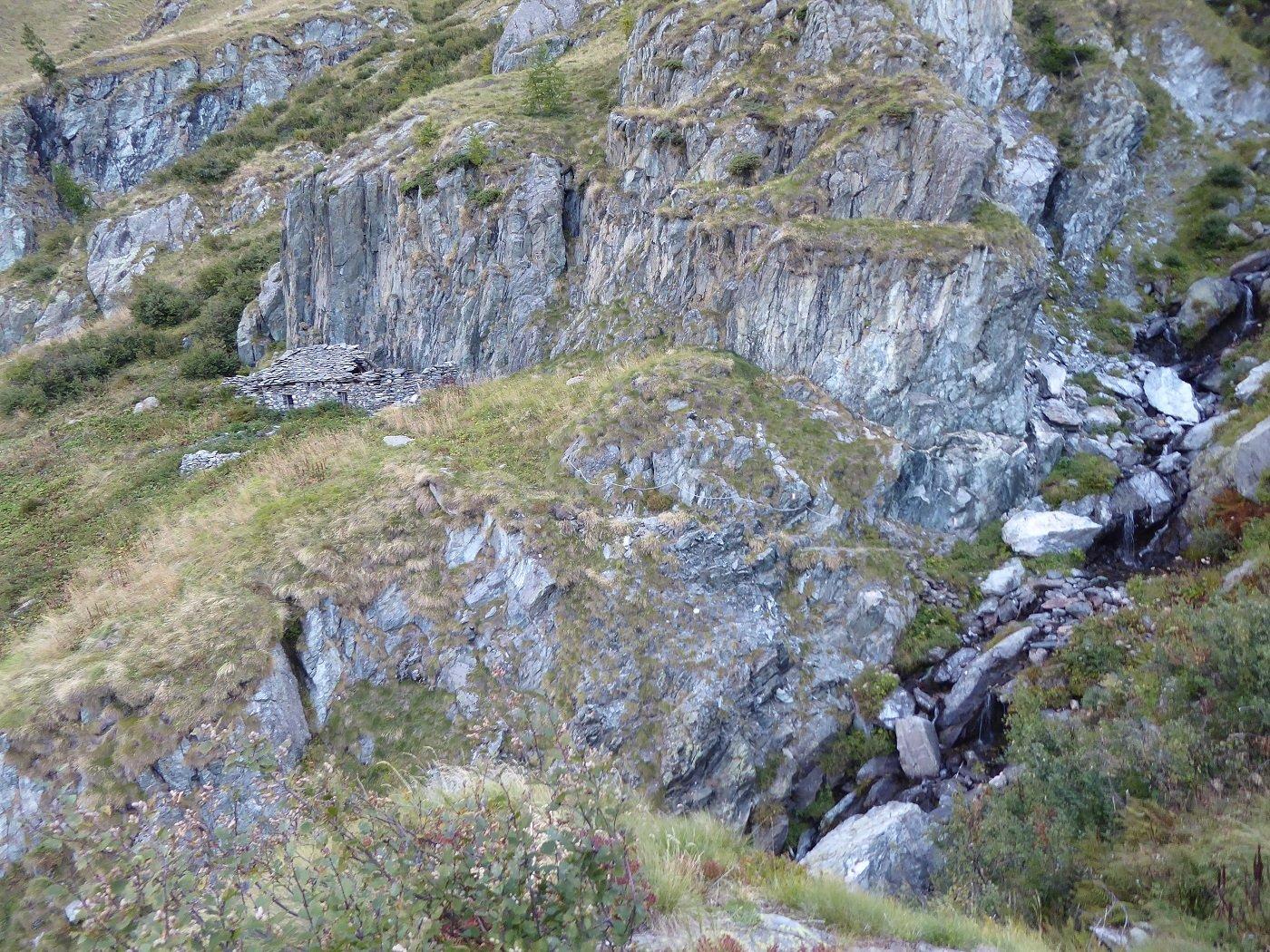 L'impluvio nei pressi dell'Alpe Teste Inf.