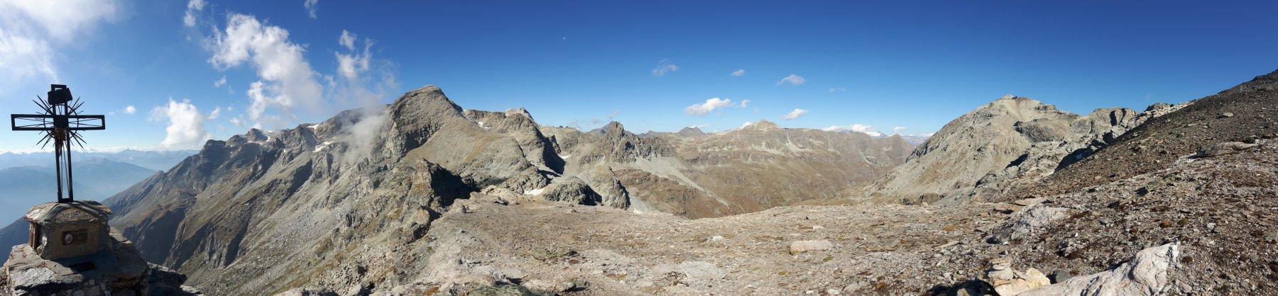 Panoramica dalla Croce di Blais.