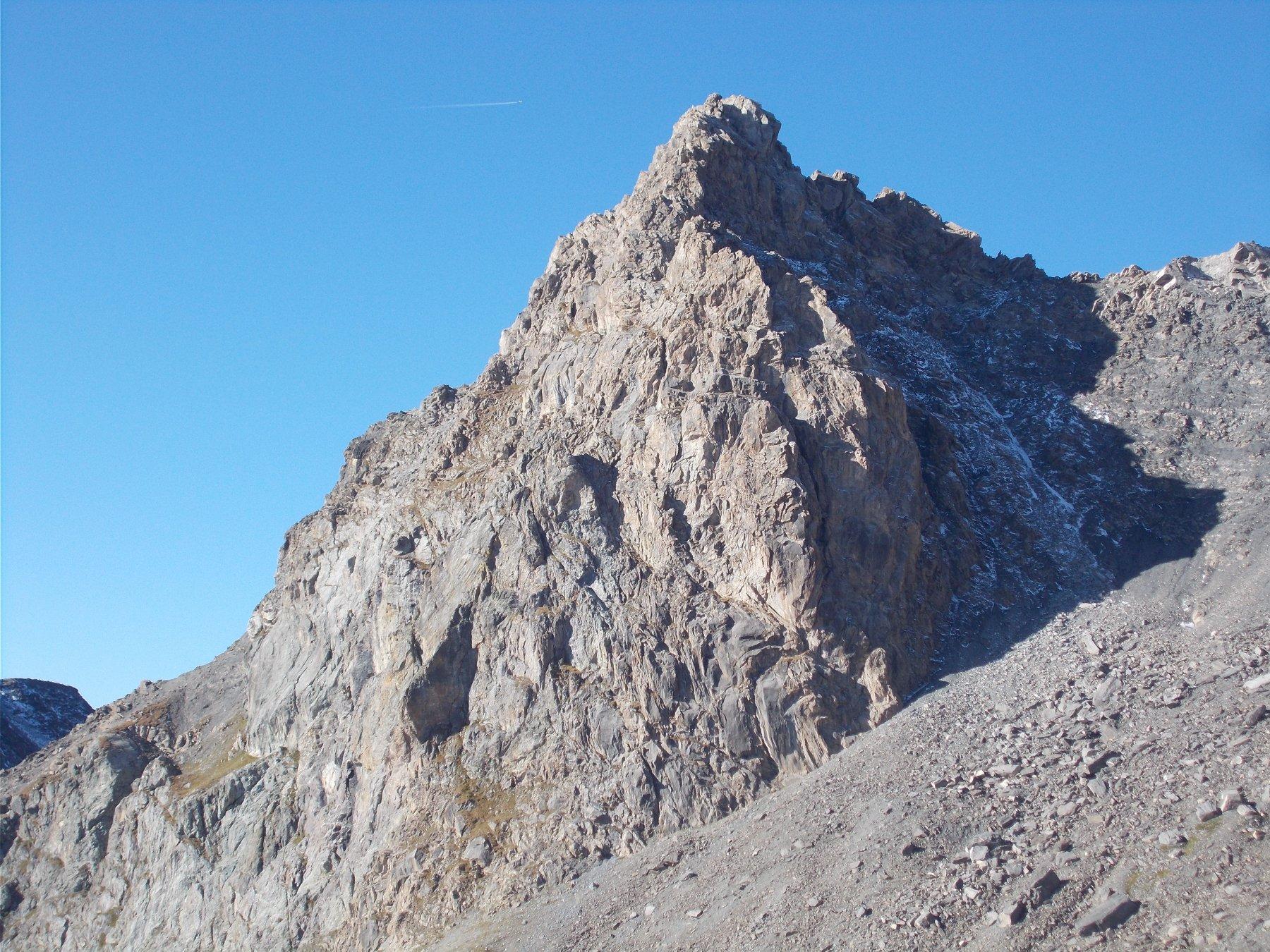 il Pelvo di Ciabrera..dal colletto a est della quota 3175m..