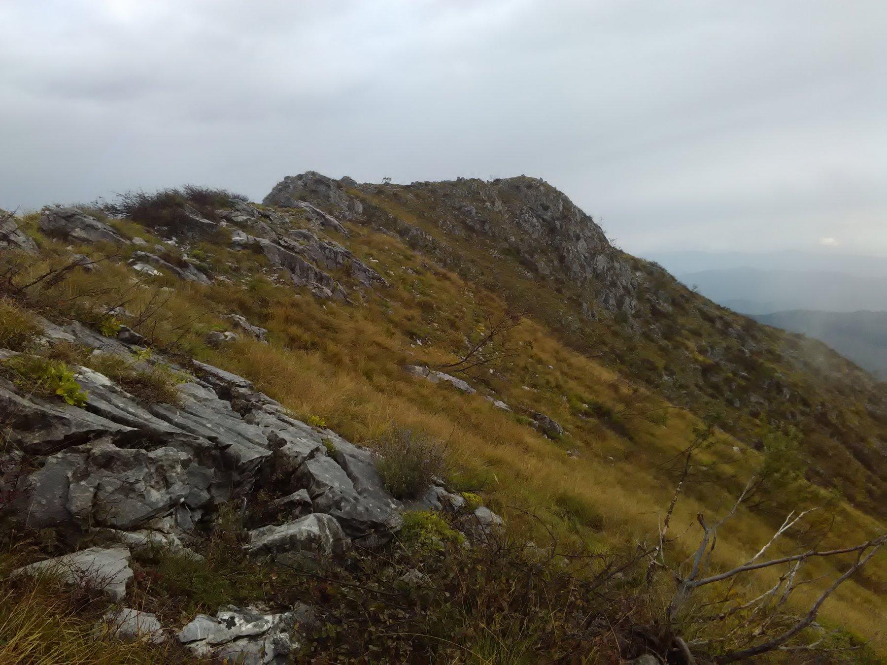 la cresta del versante sud scendendo al colle giorsin