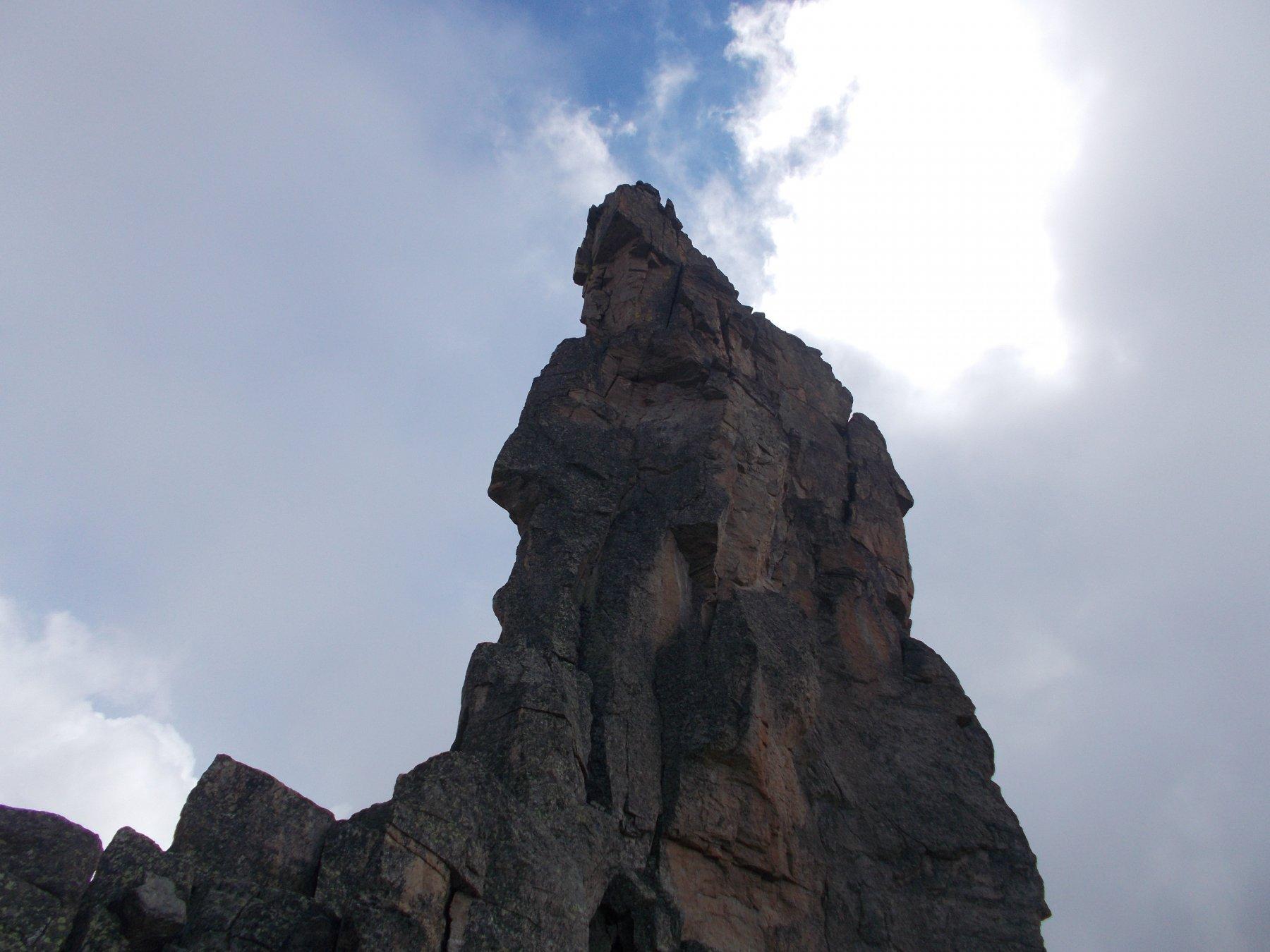il picco settentrionale cosi come appare elegante e snello.. dal colle del Seone..
