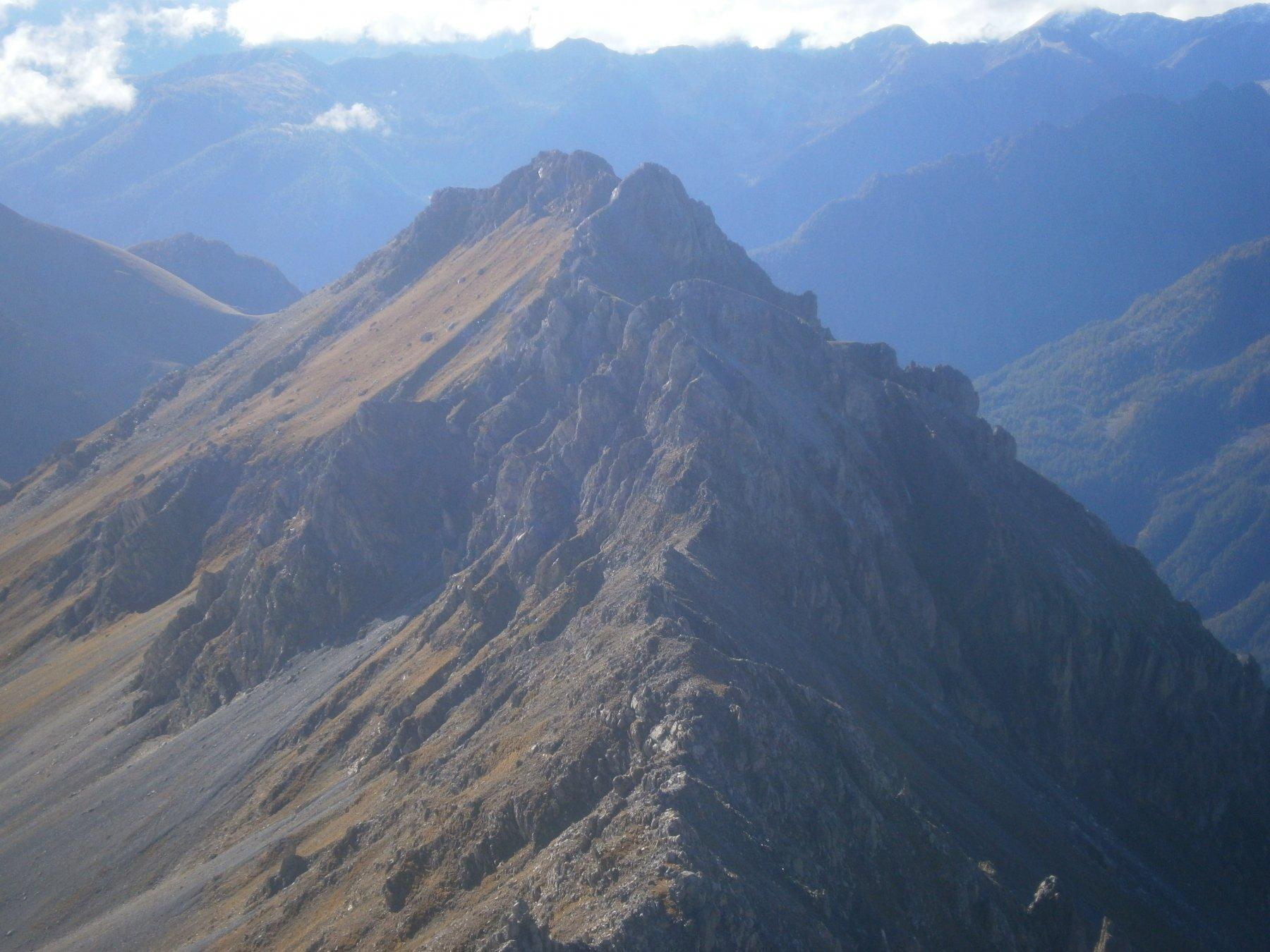 La cresta verso la quota 2781 (o falso Oserot)