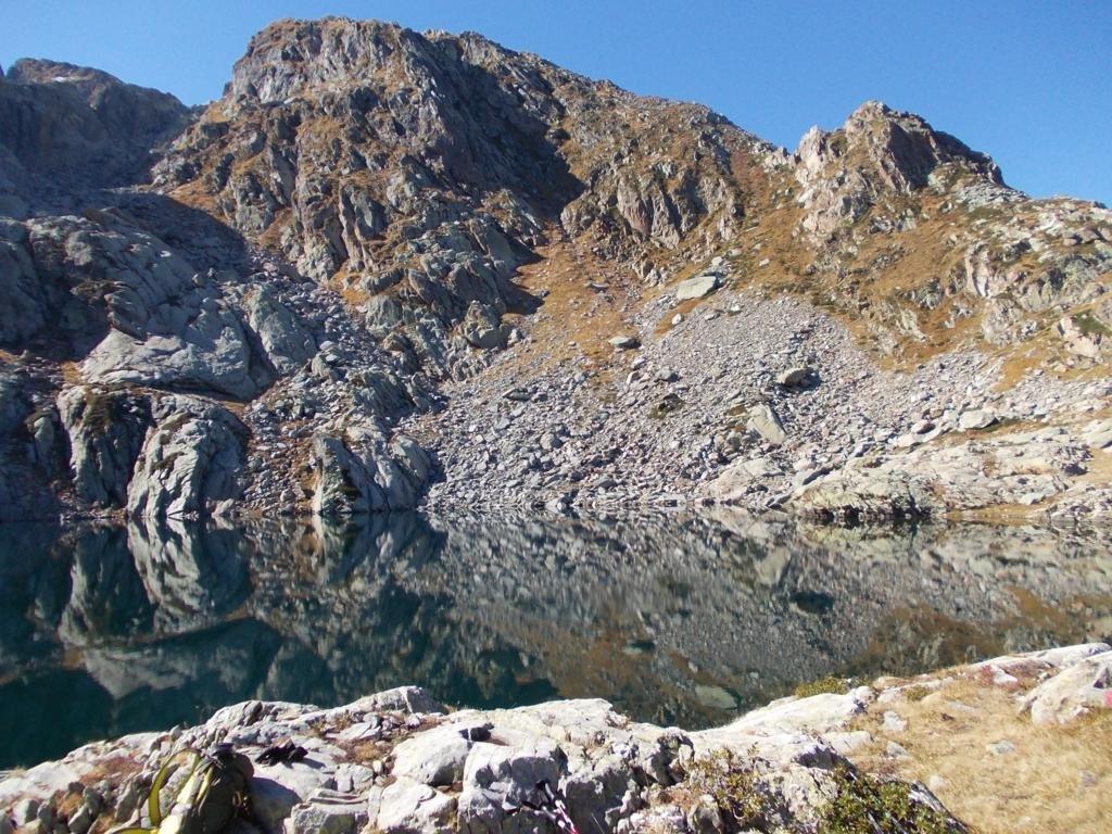 scorcio del lago Liamau