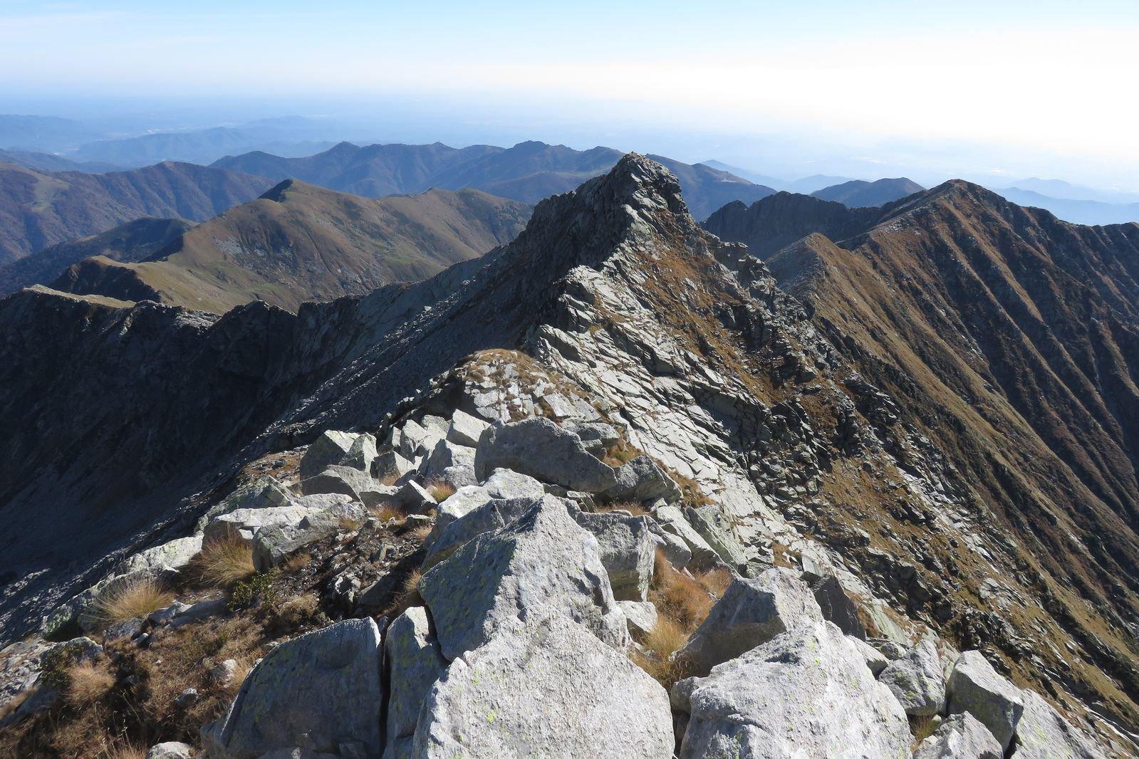 la cresta verso la cima del Manzo