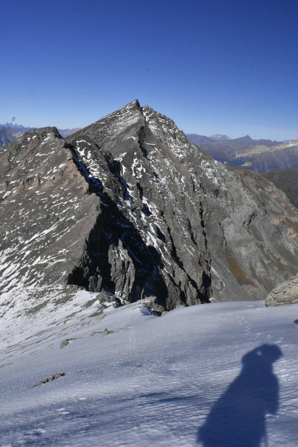 cresta di salita vista dalla vetta