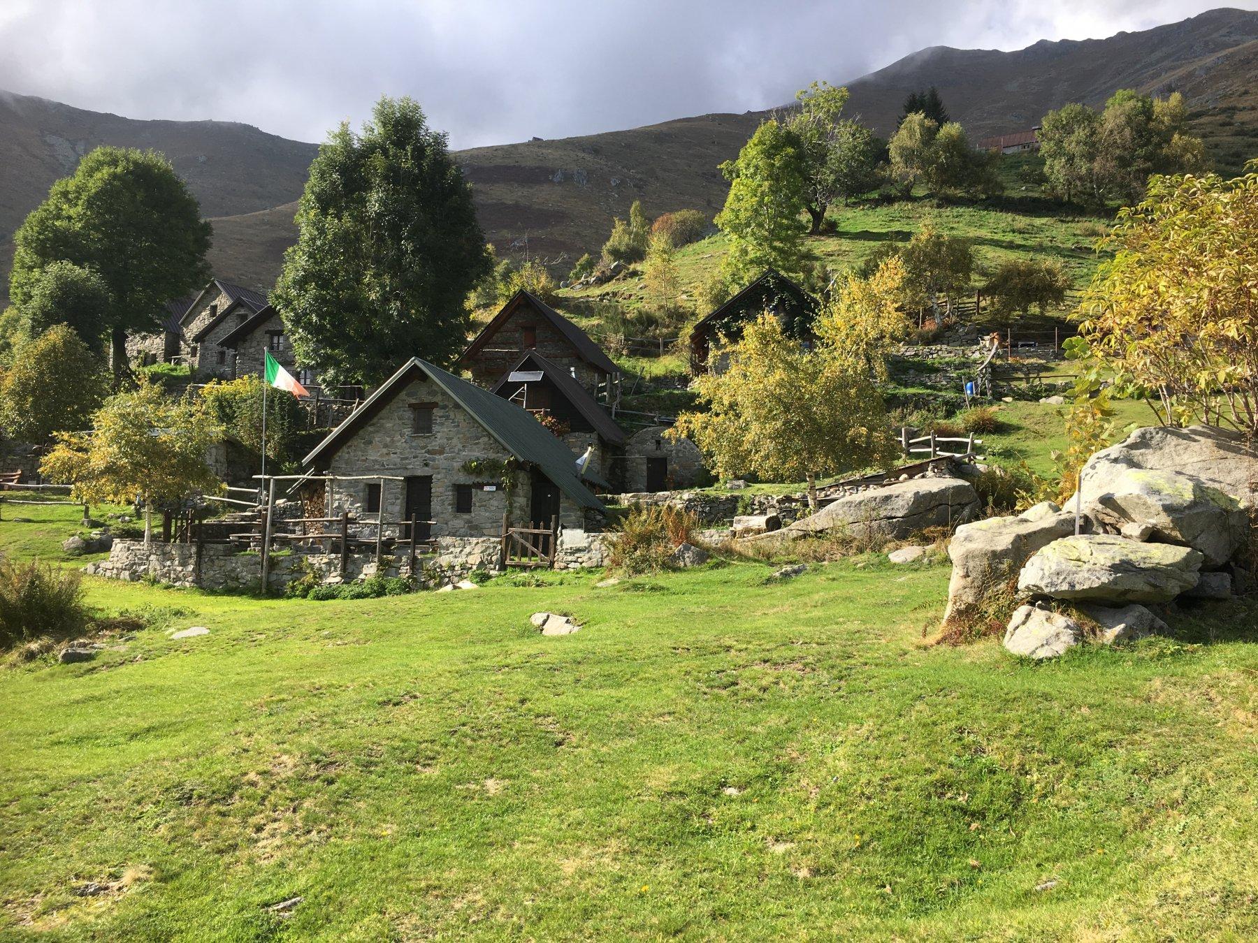 Il pittoresco borgo di Artignaga. tutte le foto inserite non sono state scattate in occasione della tredicesima edizione del Trail del Monte Casto.