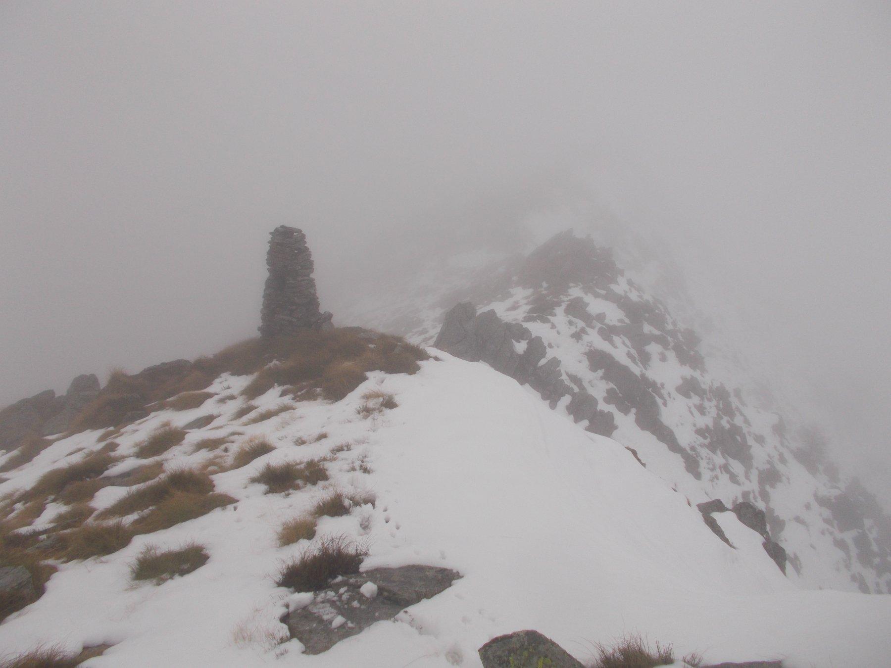 dai primi grossi ometti in poi la situazione si complica all'apparire della prima neve..