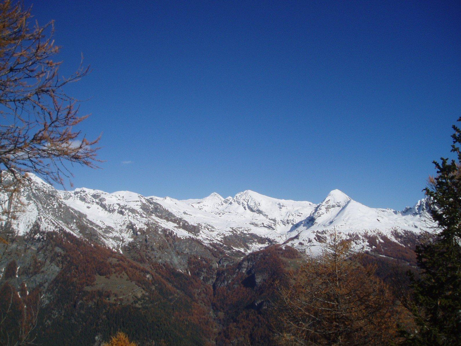Palasina, sopra barra rocciosa, Corno Vitello, Valfredda e Bieteron.