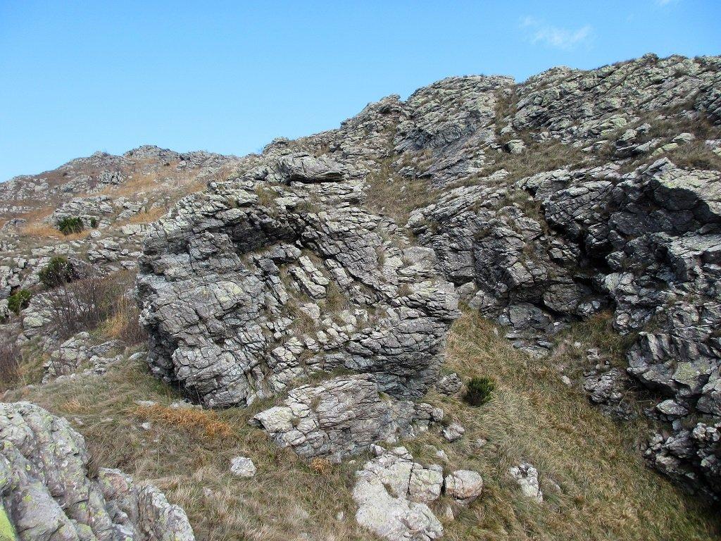 Tratto roccioso che conduce alla cima Fardello