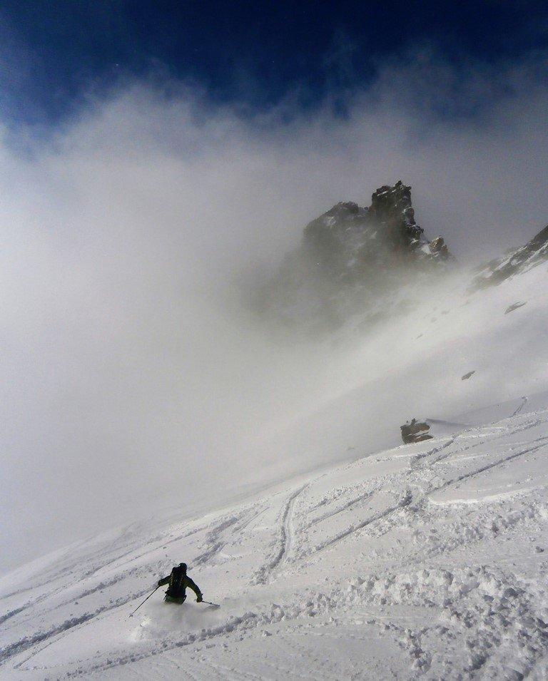 Polvere e nebbia