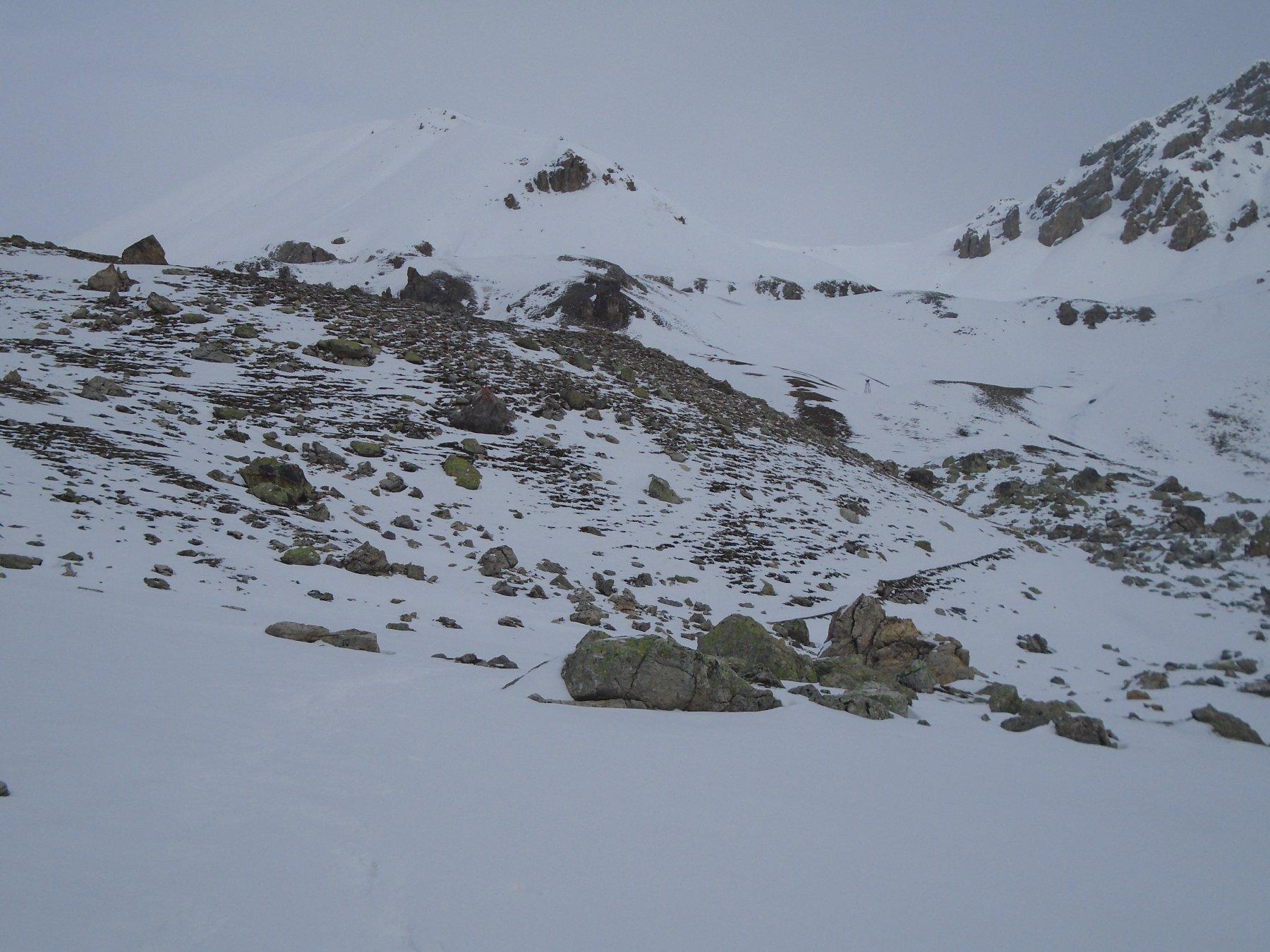 In alto a sx la cresta sud-ovest, a dx Colle Villadel
