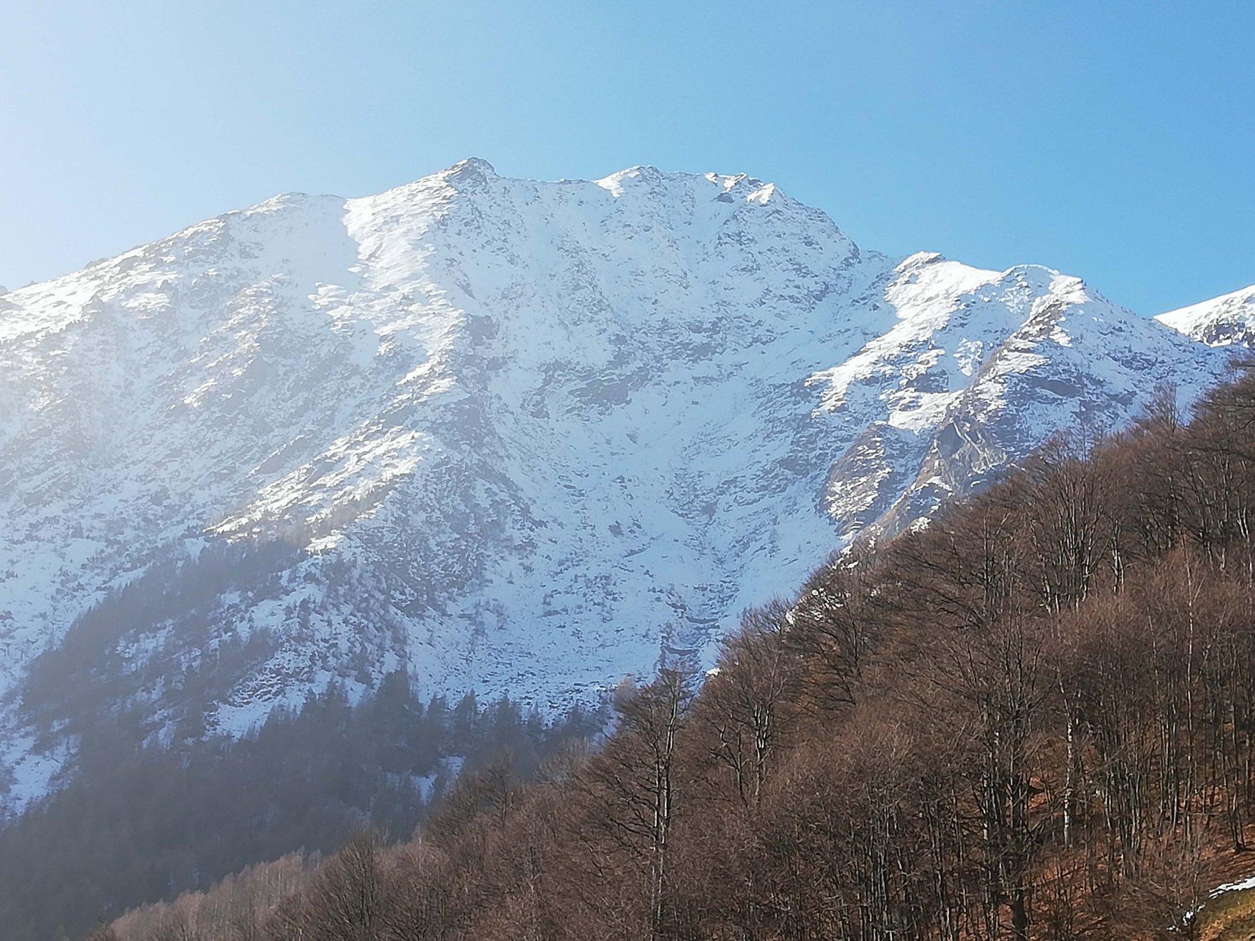 M. Civrari 2302 m.