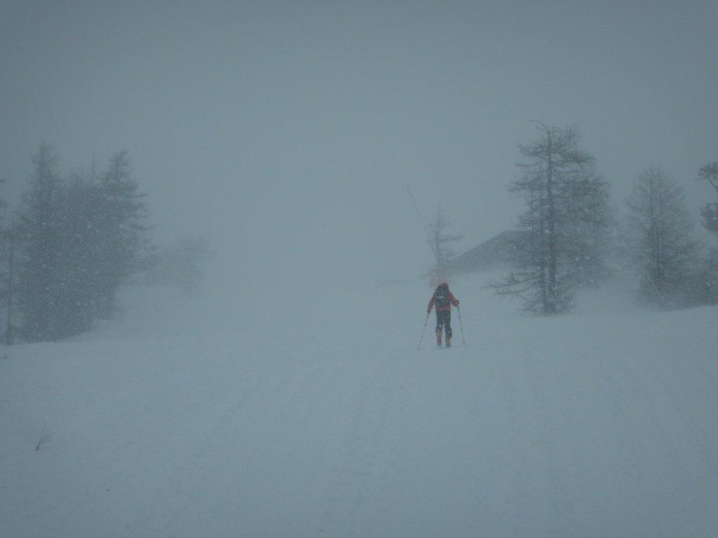 Arrivo al colle nella tormenta di neve