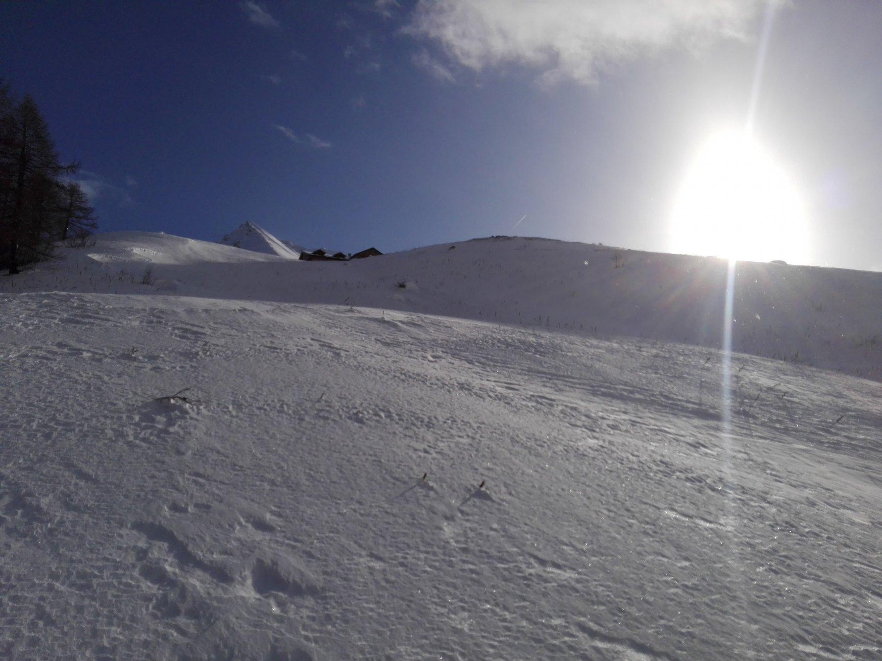 Ultimo tratto in vista della rifugio, qui la neve è crostosa e ventata in molte zone