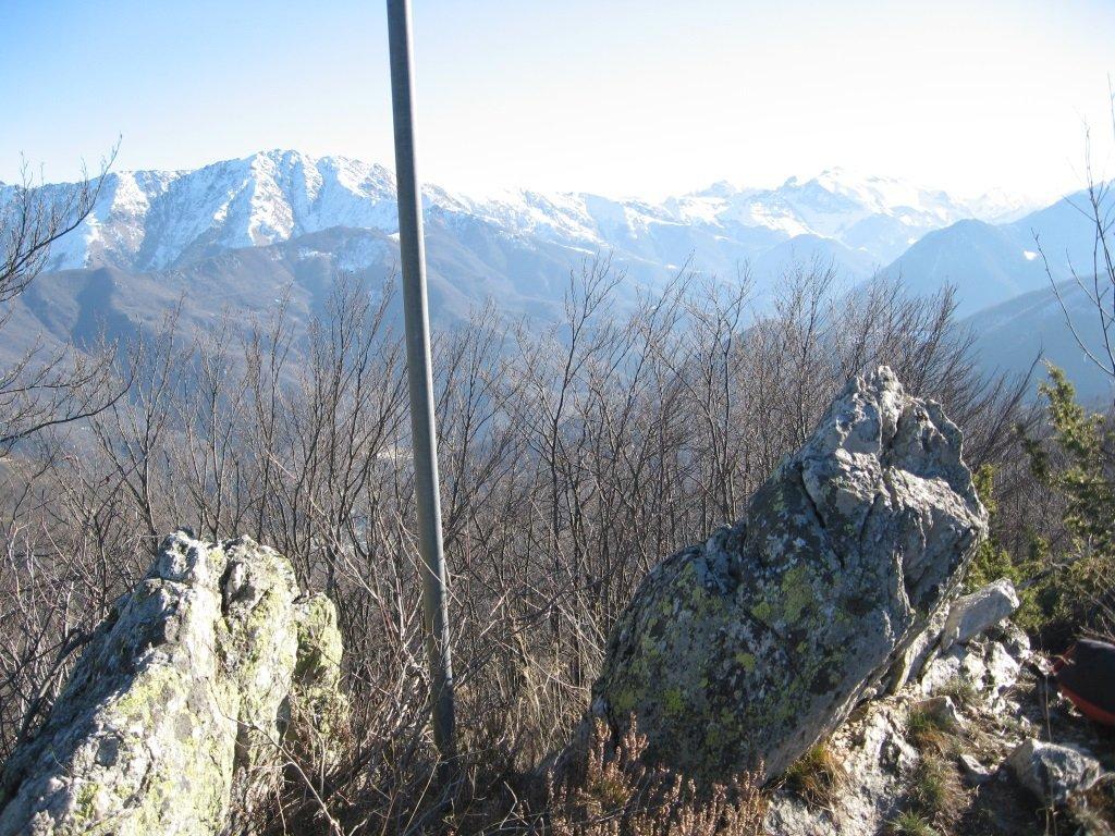 Sulla cima del Monte Plunea