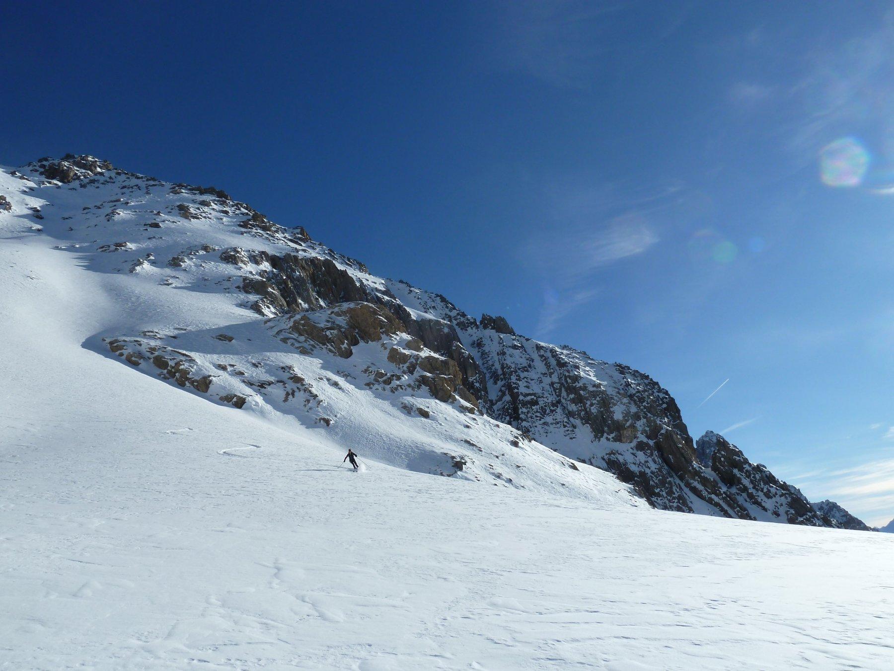 curve in farina sotto la Nord della Rocca Blanca