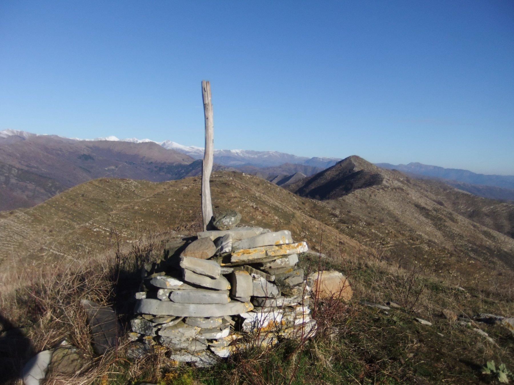 Monte Arbozzaro con Monte Moro sullo sfondo