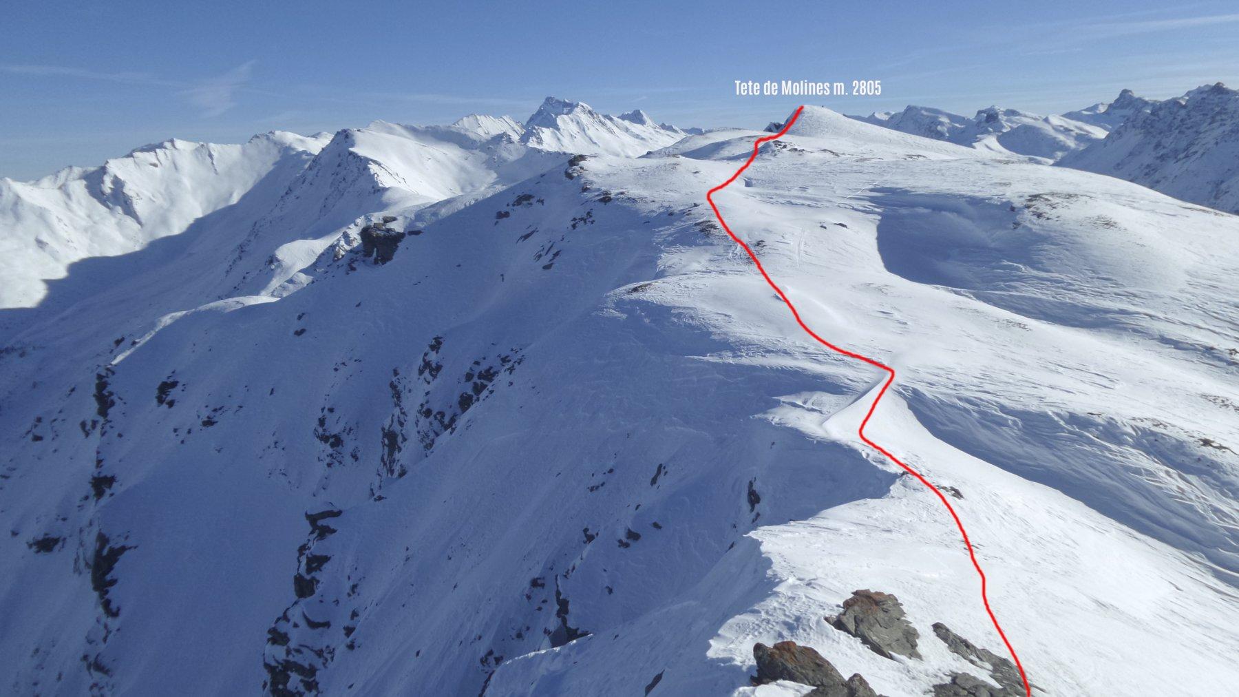 percorso da fare per salire la Tete de Molines visto dalla cima della Gardiole de l'Alp