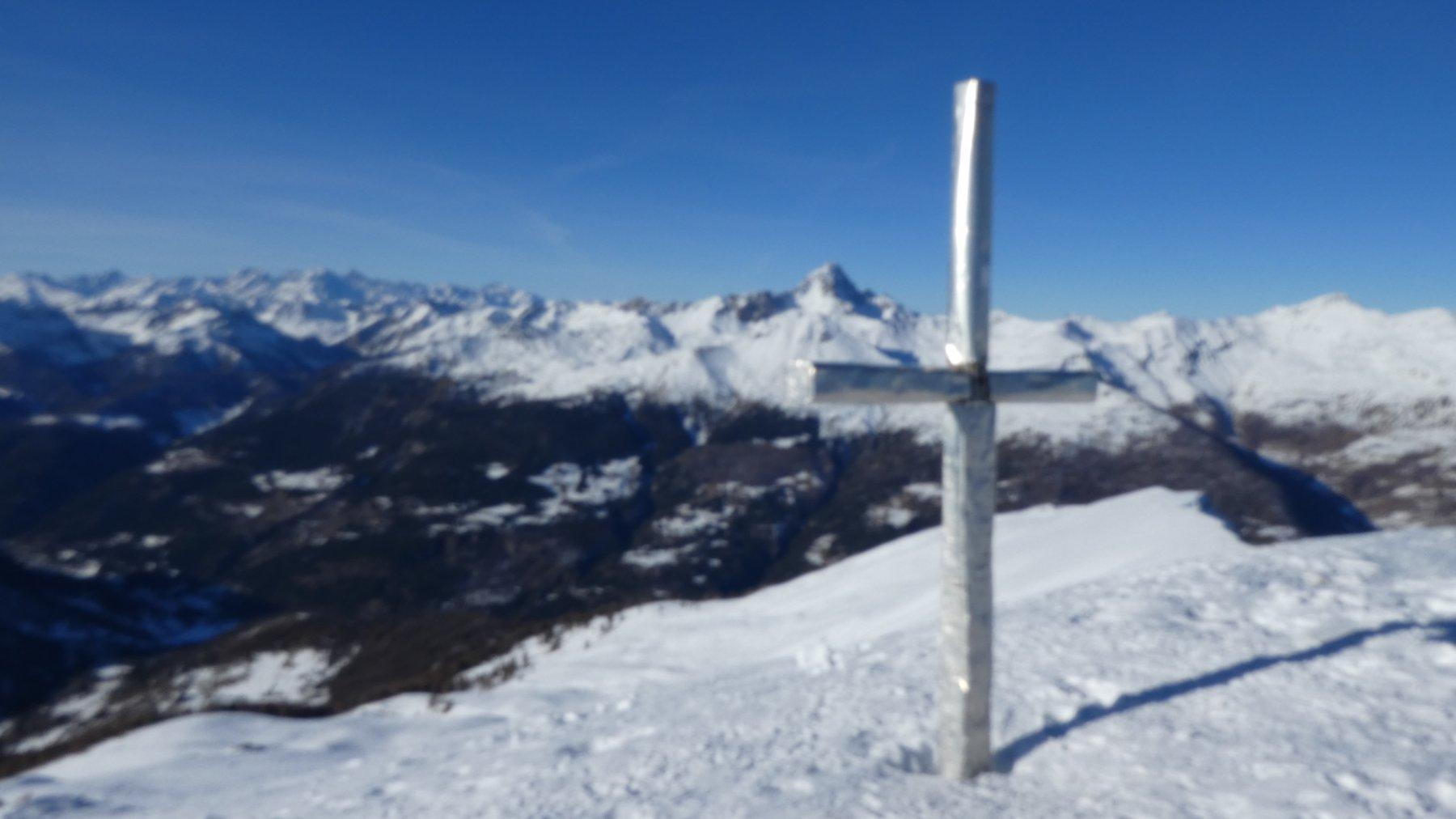 l'ampia vetta della Gardiole de l'Alp