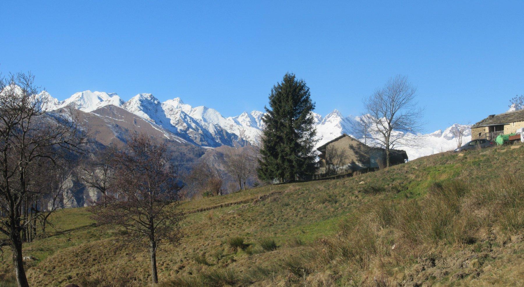 Case di Luvatera con ampio panorama