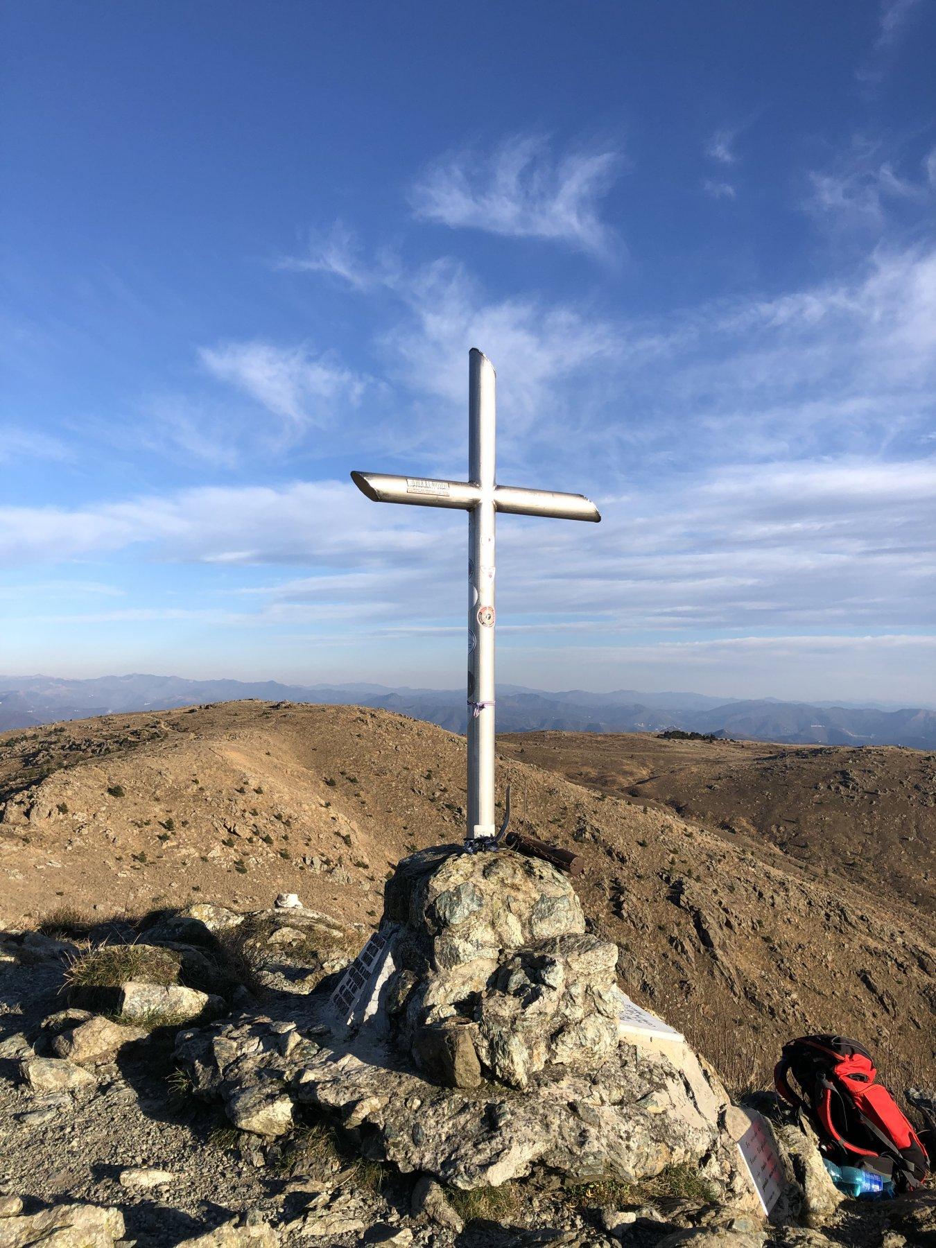 Sullo sfondo il Monte Pennello