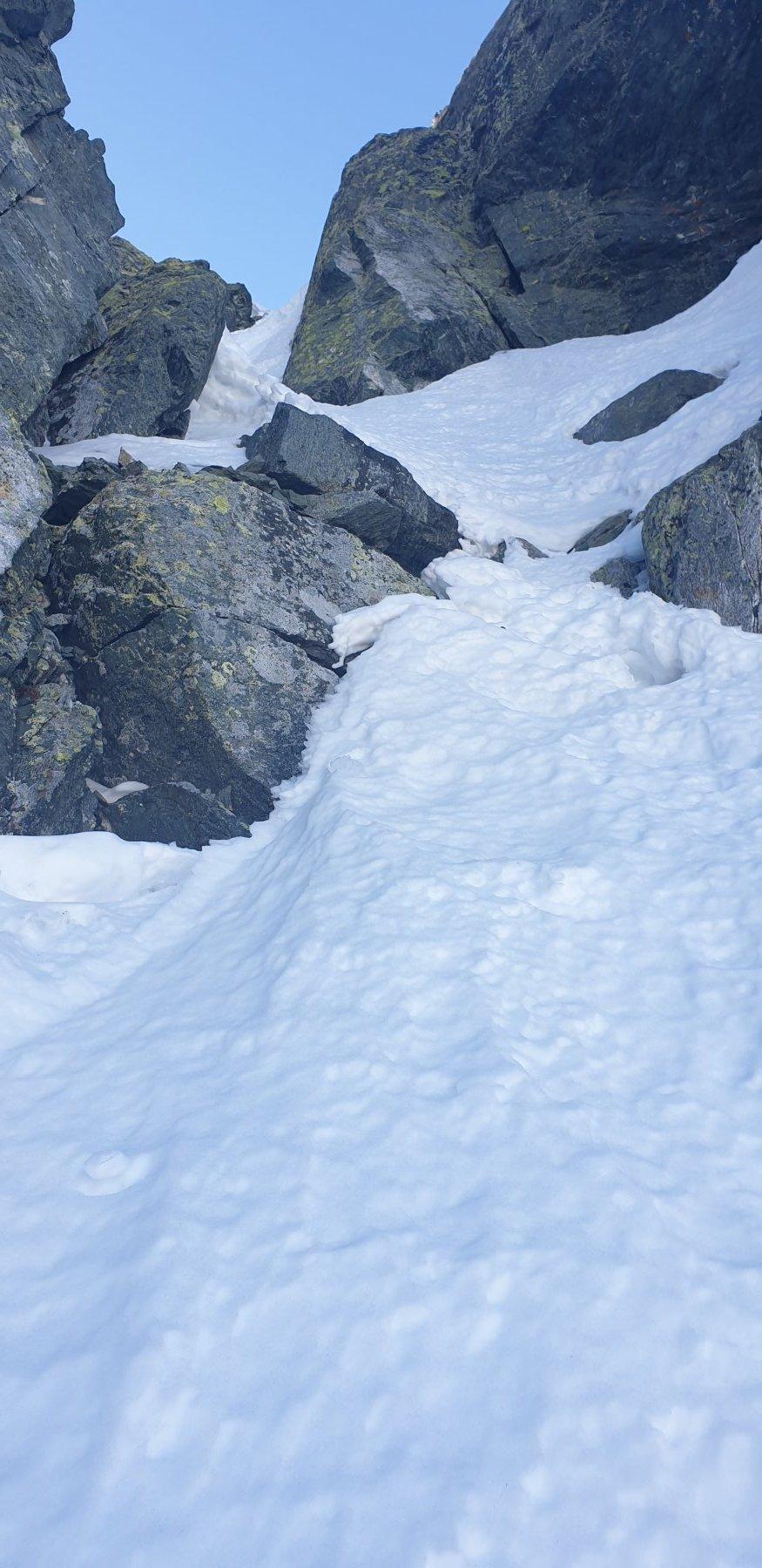 Neve di marmo