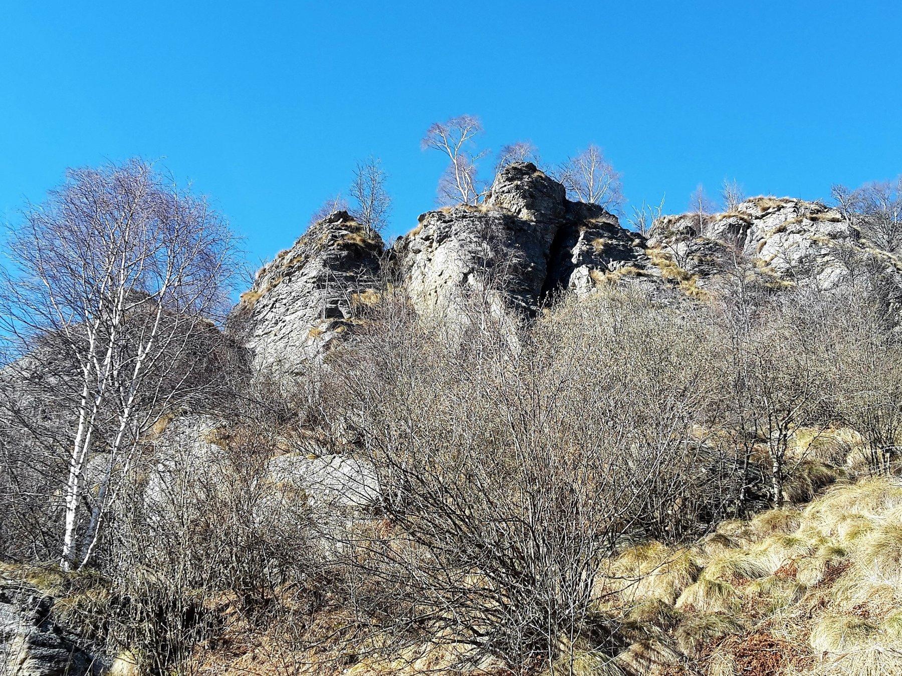 le rocce della falesia
