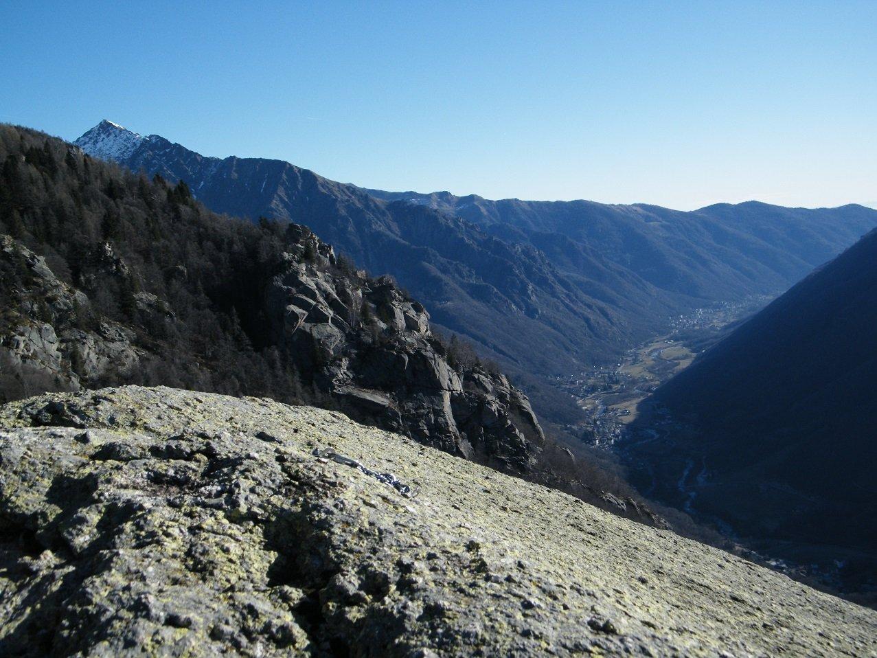 Panorama verso valle dal Bec di Mea.