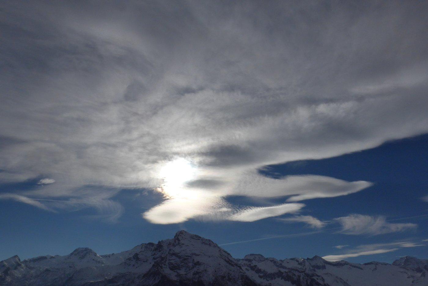 Giochi di nuvole sul Monte Rosso d'Ala