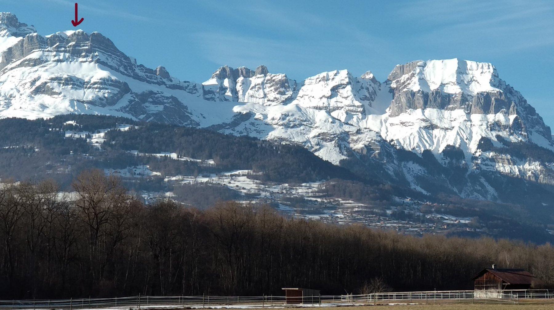 la cima vista scendendo da Chamonix