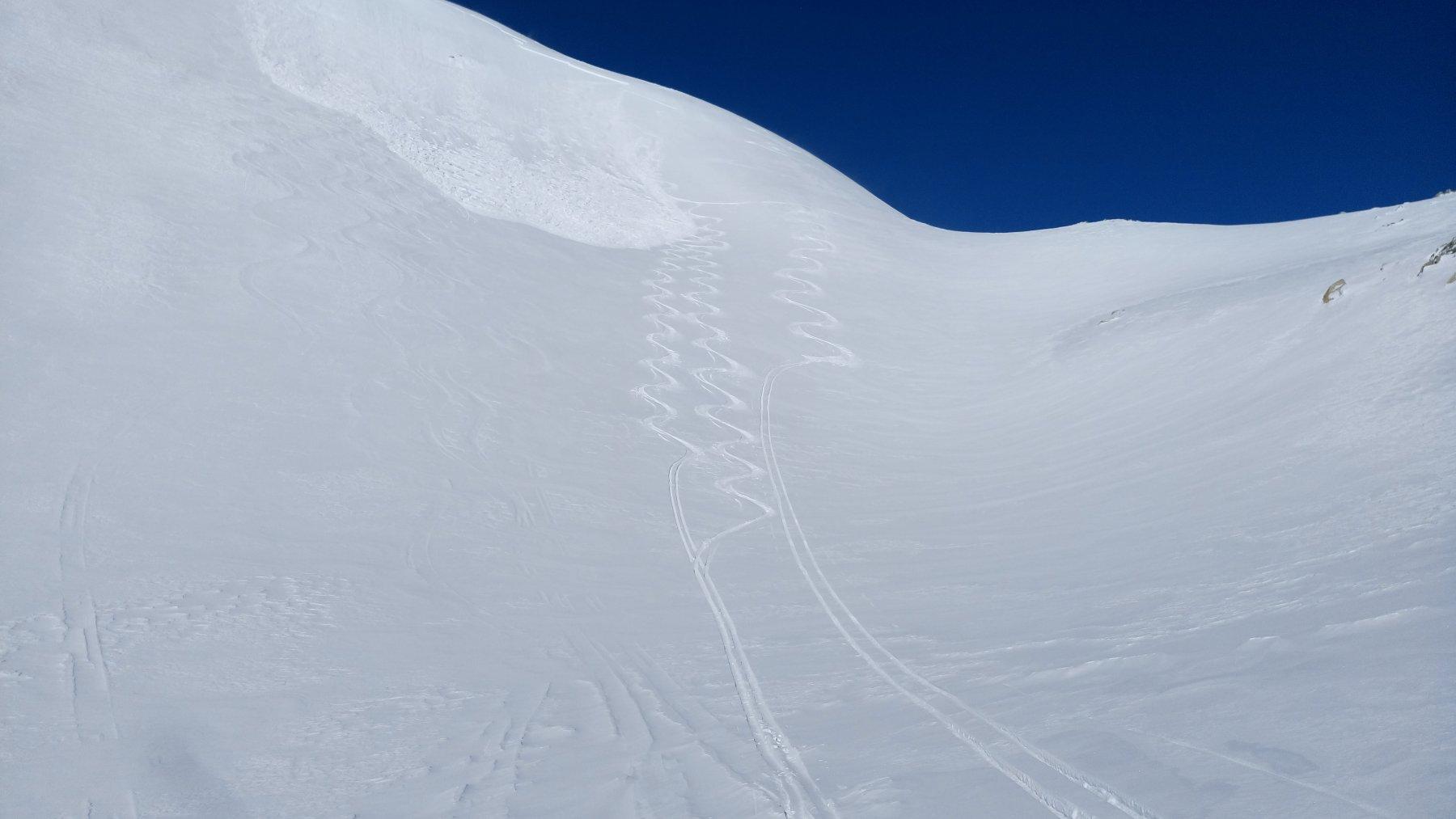 Il lastrone (di dimensioni ridotte) staccato da noi poi sciato