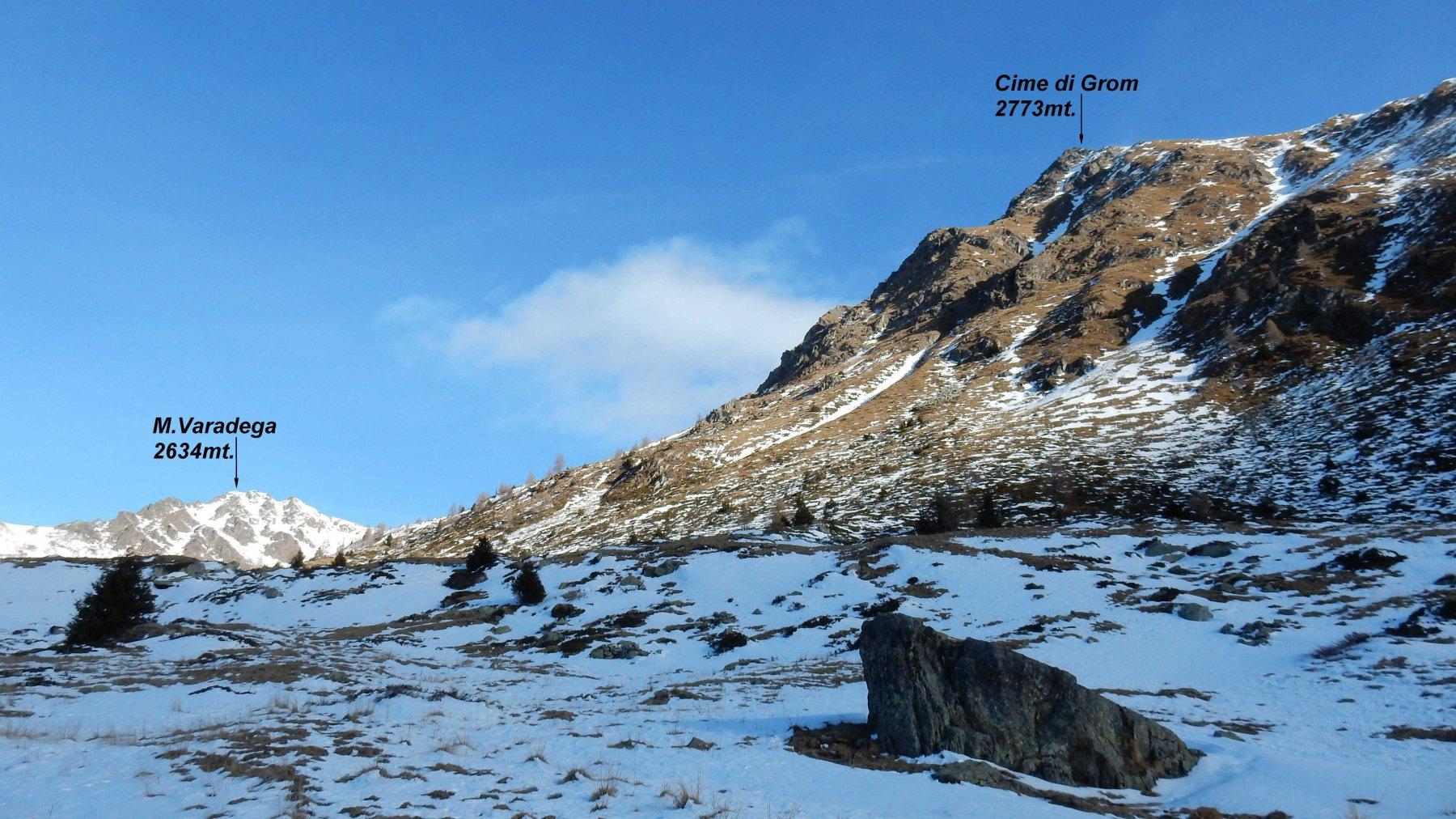 Si entra in Val Varadega. ,anche qui urge neve.