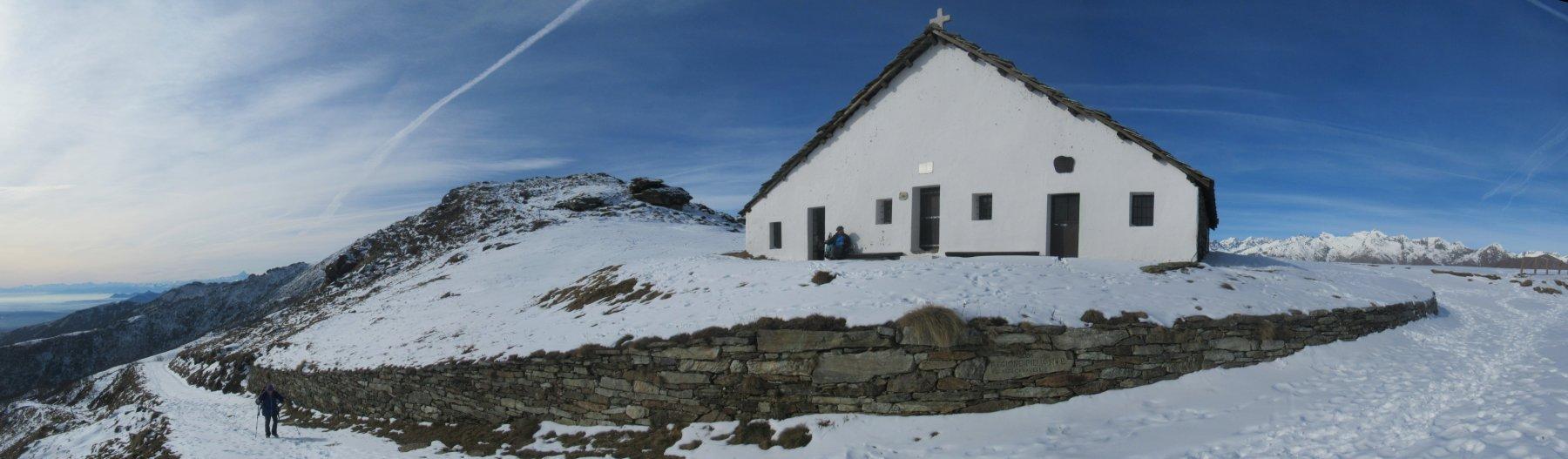 Chiesa e rifugio San Bernardo di Mares