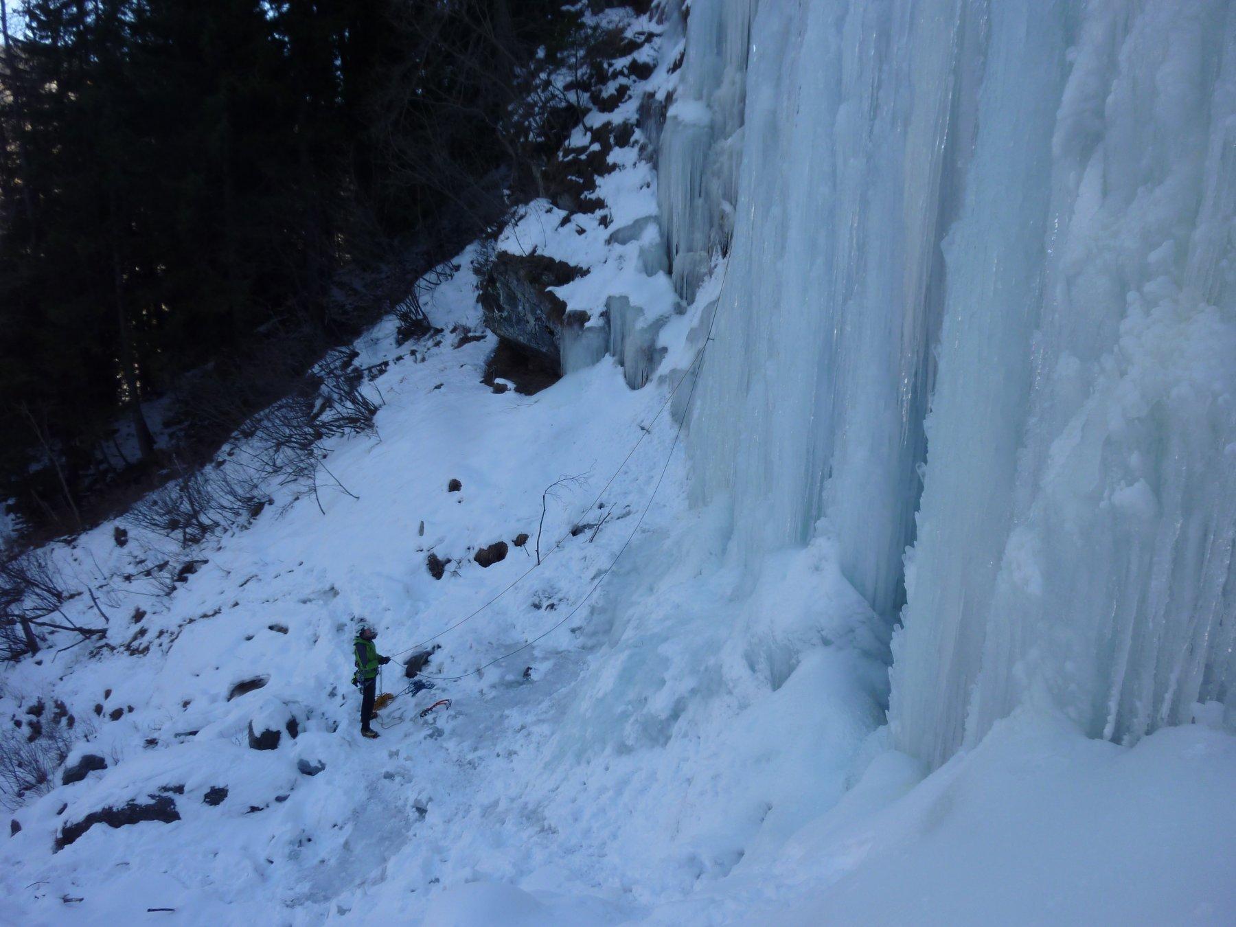 L.2 ghiaccio a candelette