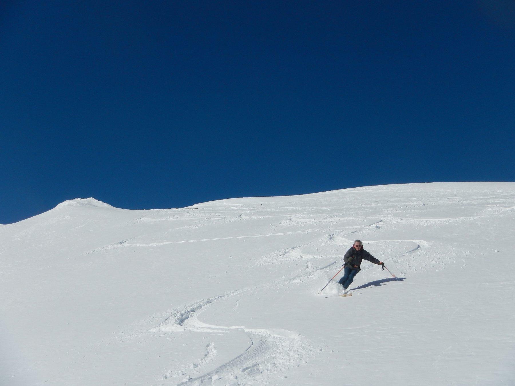 discesa su neve bella.....