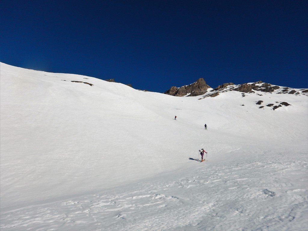 Il bel valloncello prima del vallone classico per l'Alp