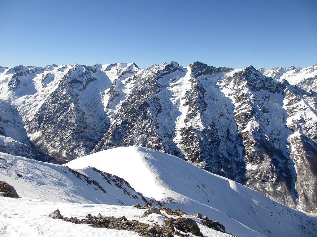 Dalla cima d'Orel in basso il monte Pianard