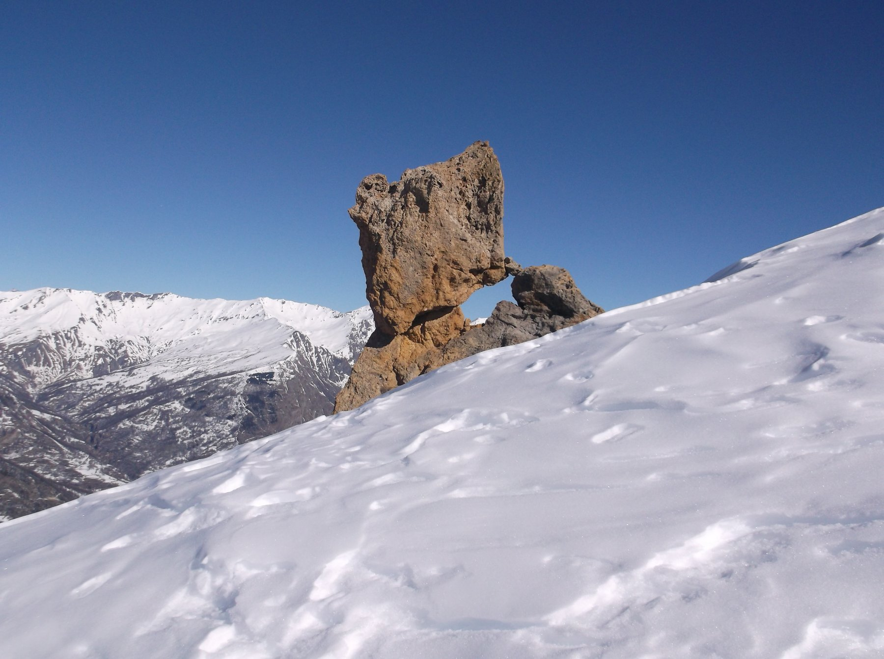 Togli pietra e va giù montagna