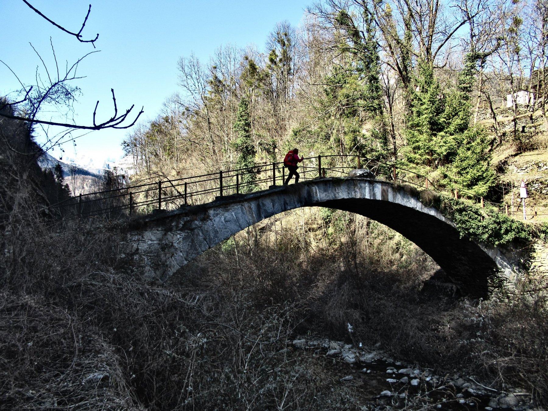 Il ponte sul torrente Devero