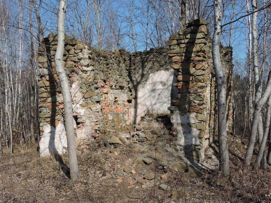Resti della Cappella campestre di S. Rocco e San Grato