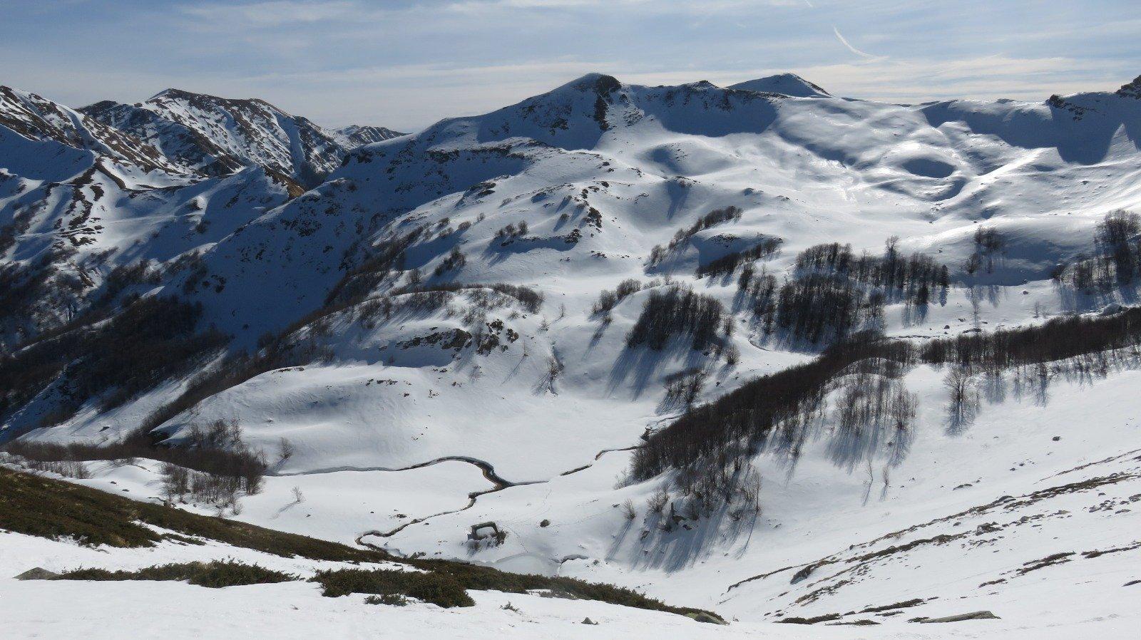 Panorama su Alpe delle Tre Potenze e M. Gomito
