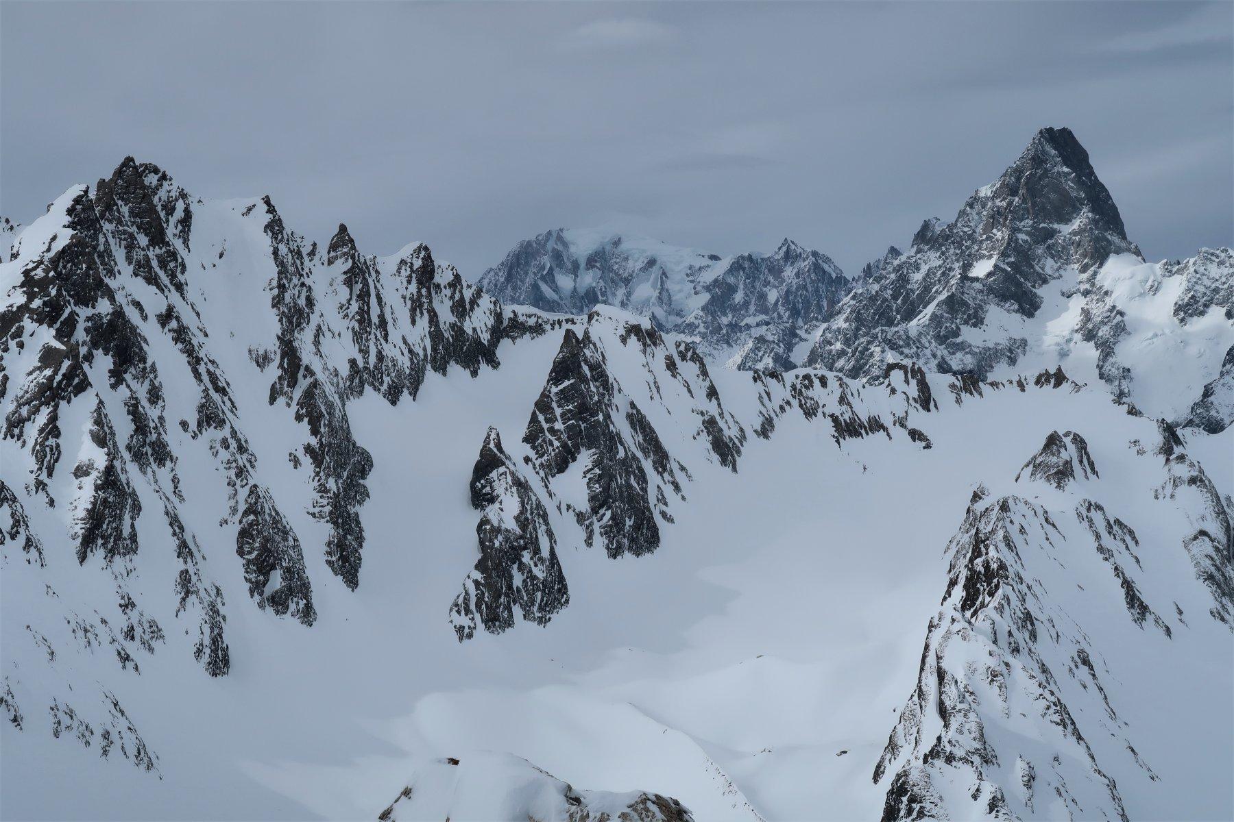 Monte Bianco e Grandes Jorasses dalla cima