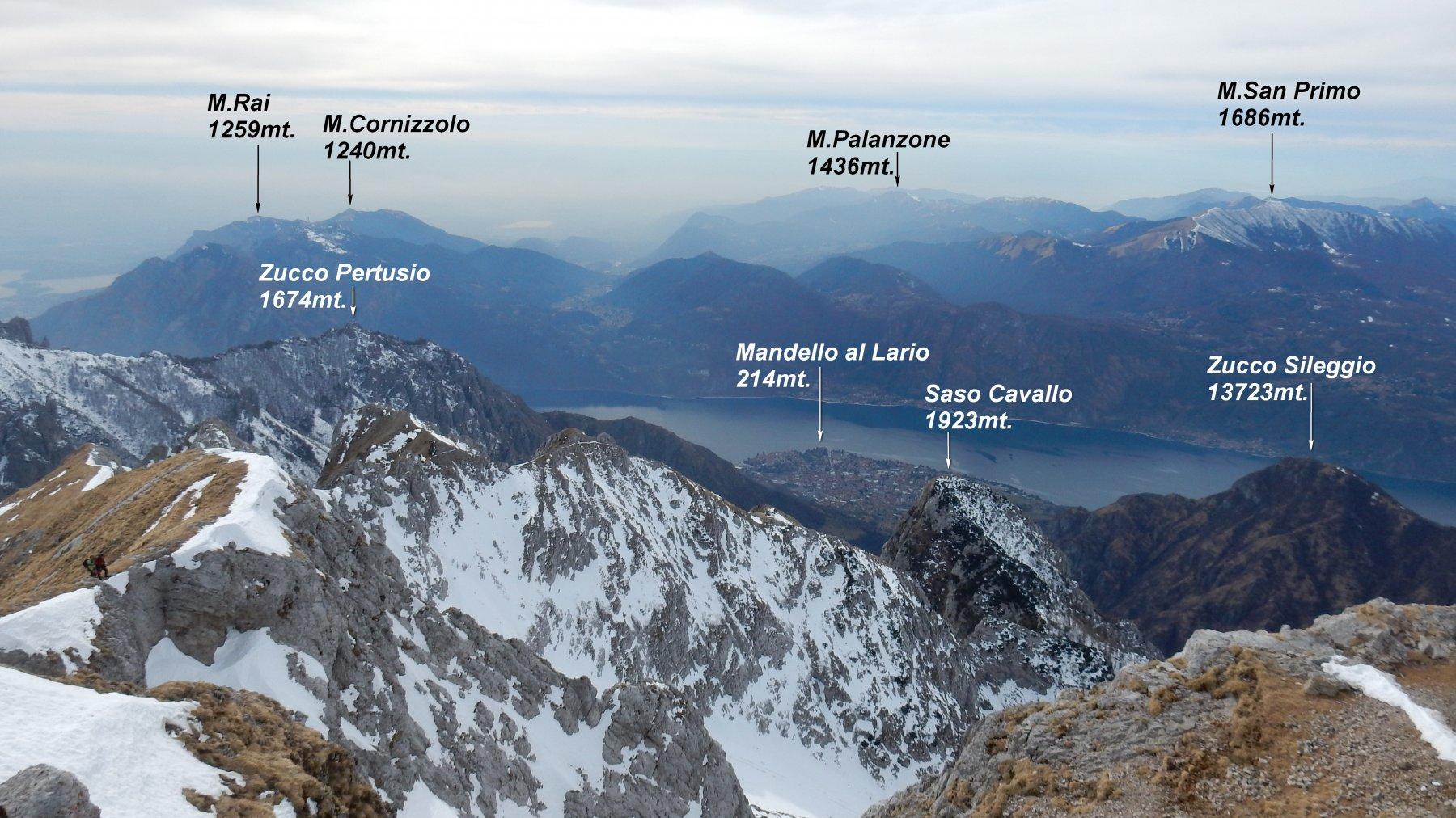 Panorama dalla vetta del Grignone.